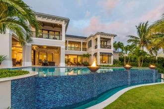 custom-home-pools-1