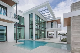 custom-home-pools-5