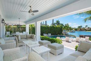 Luxury Waterfront Home Builders Naples